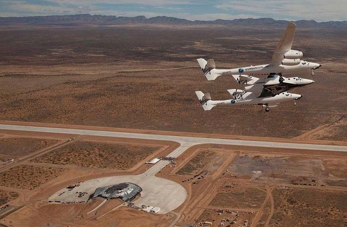 В августе 2012 года прошли первые суборбитальные космические полеты