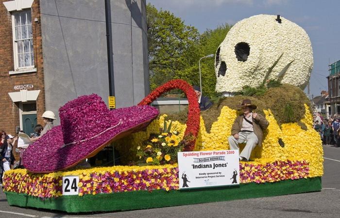 Шедевры из тюльпанов на фестивале Spalding Flower Parade