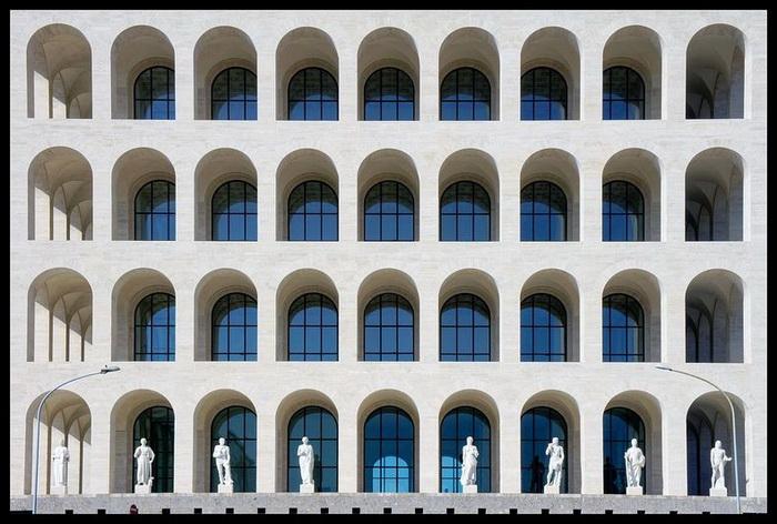 Квадратный Колизей должен был стать символом начала Фашистской эры