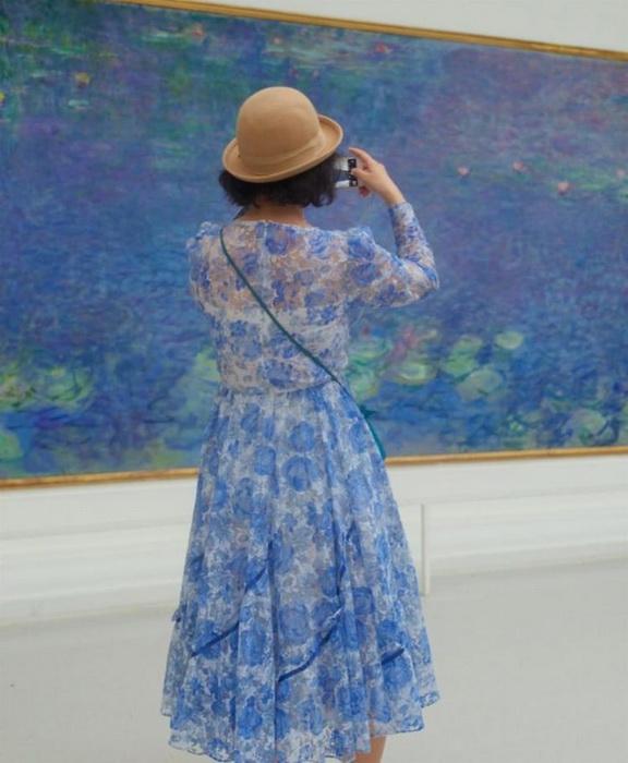 Голубые тона - излюбленная палитра импрессионистов.