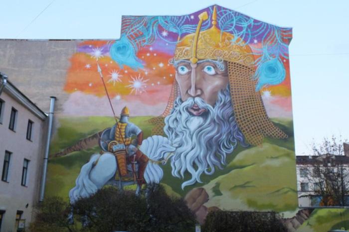 Сказочные граффити в дворике искусств