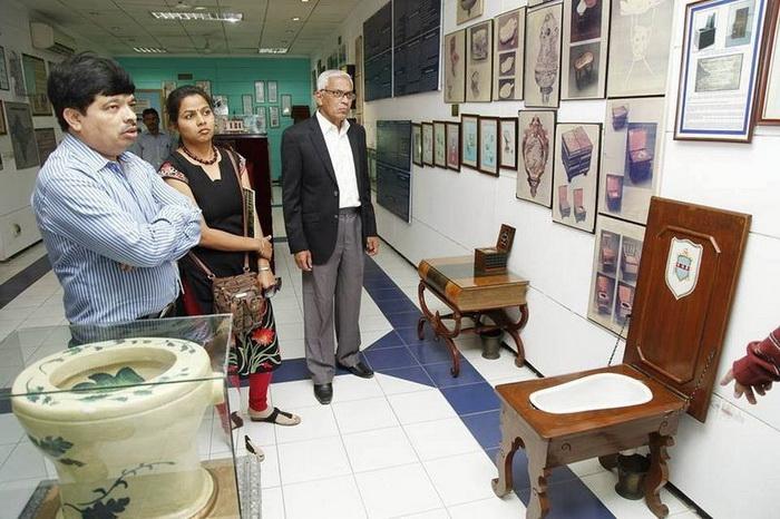 Сулабх - музей туалета в Нью Дели, Индия