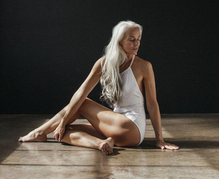 Ясмина Росси - модель, которая рекламирует купальные костюмы в 61 год