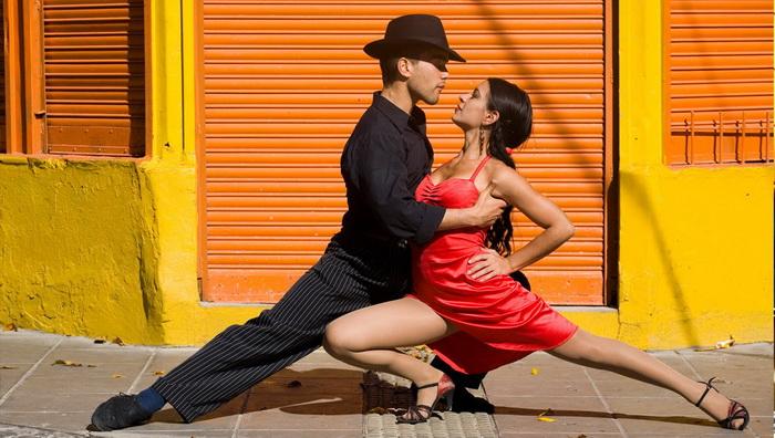 Красное и черное: танго - танец любви