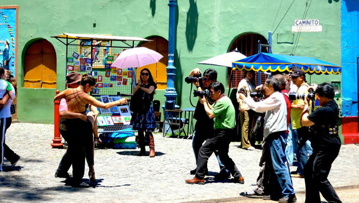 Уличные танцоры