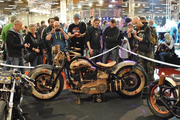 Мотоцикл Recidivist на выставке в Германии