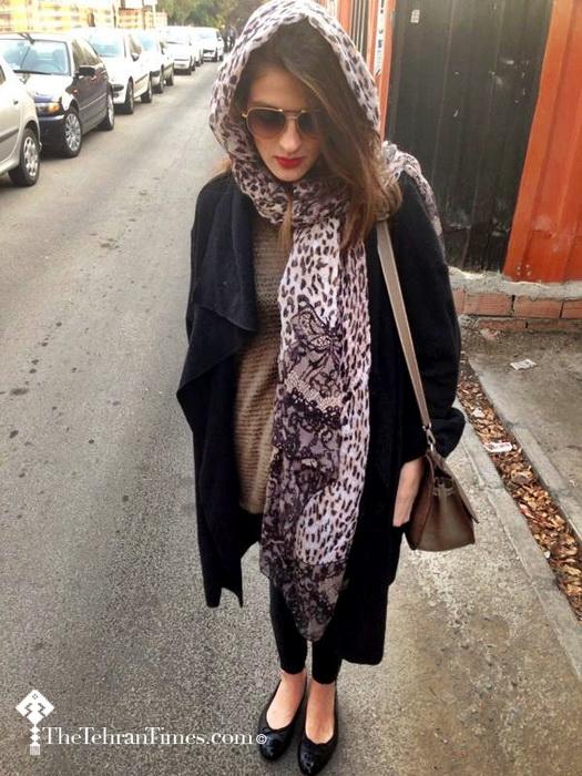 Манто, платок, хиджаб - обязательные элементы одежды мусульманок