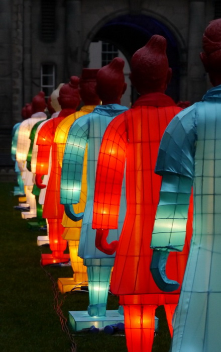 Разноцветные солдаты терракотовой армии
