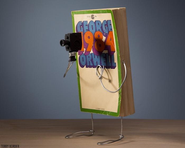 Роман Дж. Оруэлла «1984». Скульптура от Терри Бордера (Terry Border)