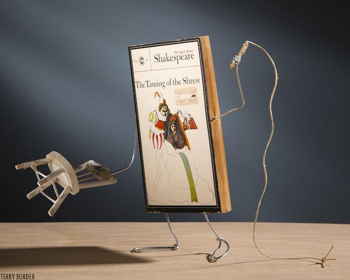 Скульптура из книги Шекспира