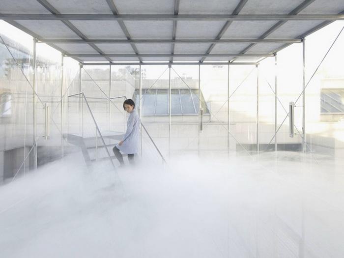 Инсталляция Cloudscapes - огромный куб, внутри которого *рождается* облако