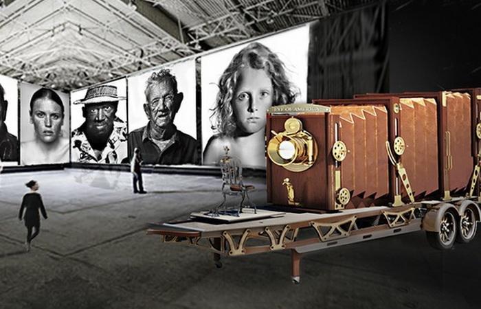 Деннис Манарки потратил 10 лет на то, чтобы сделать фотоаппарат своими руками