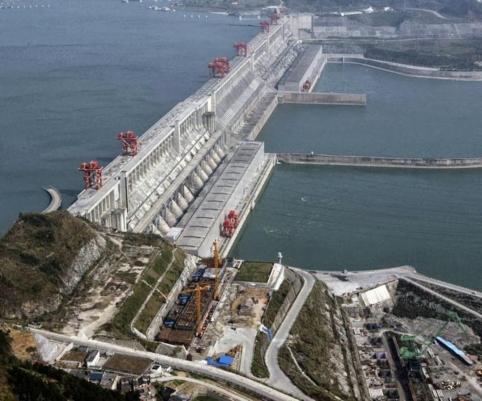 Плотина Три ущелья (река Янцзы, Китай)