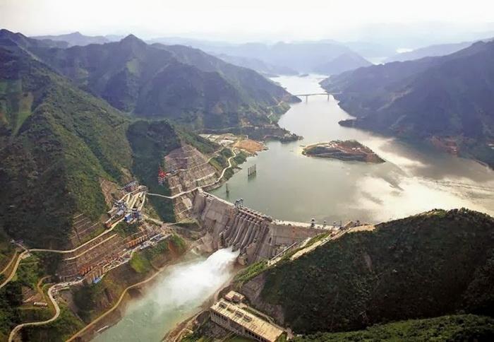 Плотина Лунтань (Китай)
