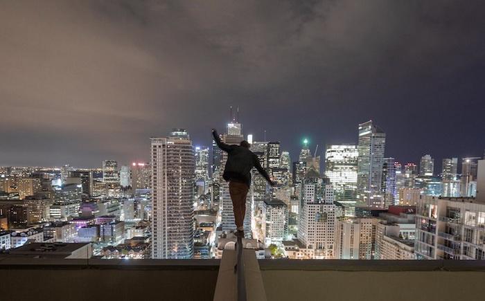 Фотографии на крышах небоскребов от Тома Рябого (Tom Ryaboi)