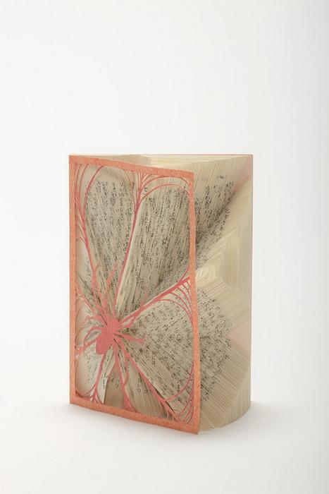 Скульптуры из книг от Томоко Такеда (Tomoko Takeda)