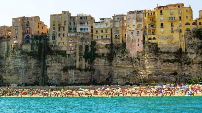 Тропея - очаровательный морской курорт на юге Италии