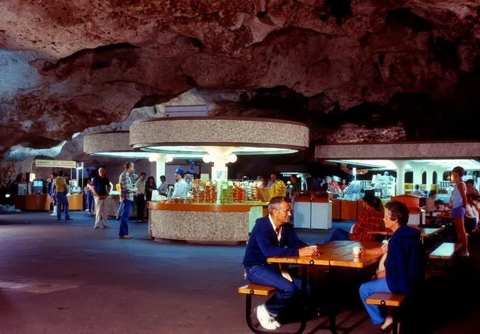 Буфет обслужил около 50 млн посетителей