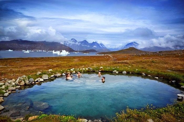 Живописный пейзаж острова Uunartoq (Южная Гренландия)