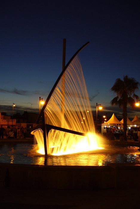 Ночная подсветка фонтана
