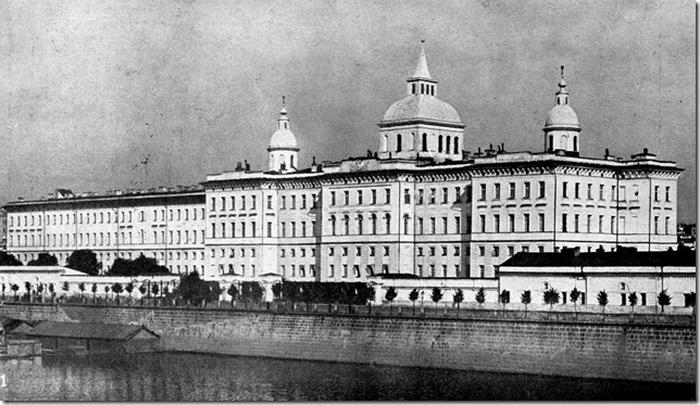 Воспитательный дом в Москве был учрежден Екатериной II 1 сентября 1763 года. Фото: http://lifeglobe.net