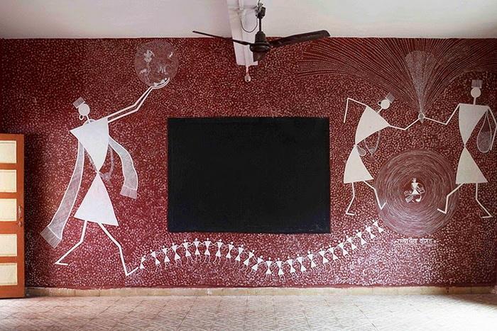 Фестиваль рисунков на стенах школы в Индии