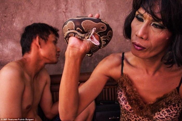 Трансгендеры в Индонезии: жизнь в изгнании