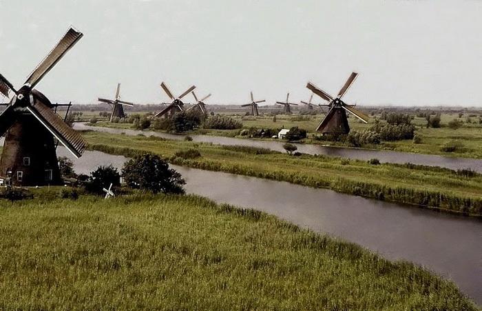 19 ветряных мельниц