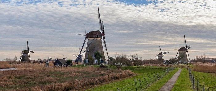 Крупнейшее сосредоточение старинных мельниц в Нидерландах