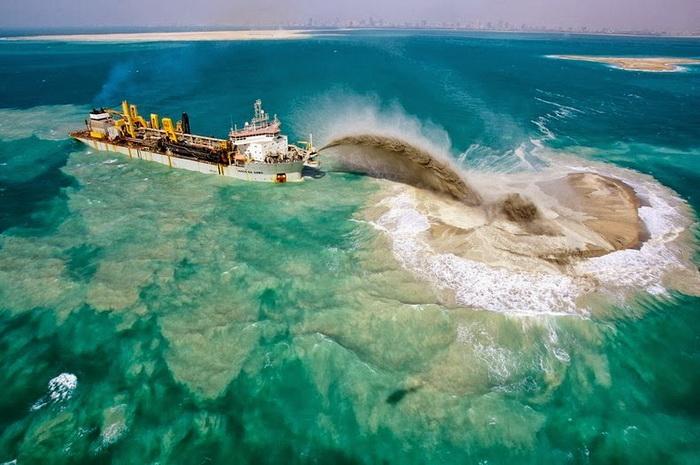 Процесс строительства искусственного архипелага