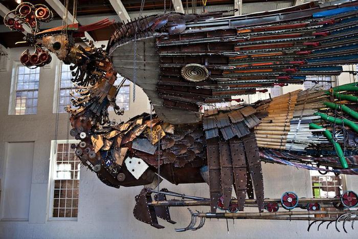 Феникс. Скульптурная инсталляция китайского художника Xu Bing