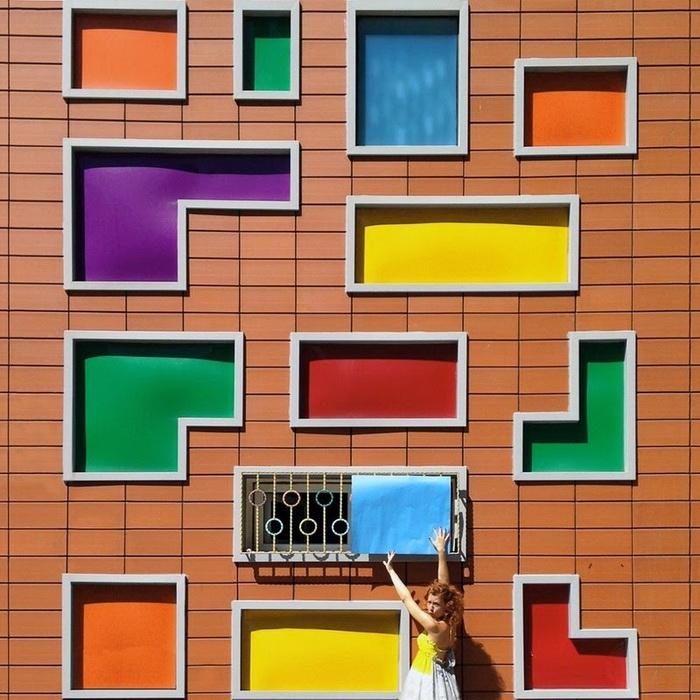 Окна, напоминающие фигурки тетриса