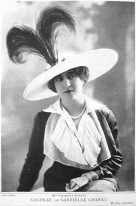 Первая шляпка Коко Шанель.