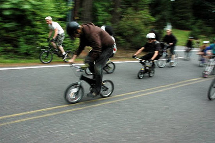 Участники велозаезда (Портленд, штат Орегон, США)