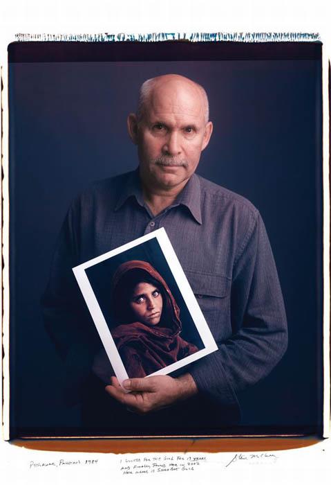 Одна из самых узнаваемых фотографий *Afghan Girl* и её автор Steve McCurry