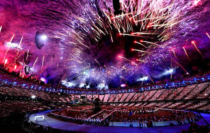 Фейерверк в честь открытия Летних Олимпийских игр 2012