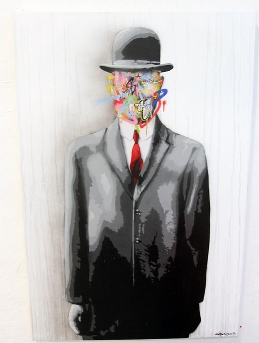 Сюрреализм плюс стрит-арт в работе Уотсона