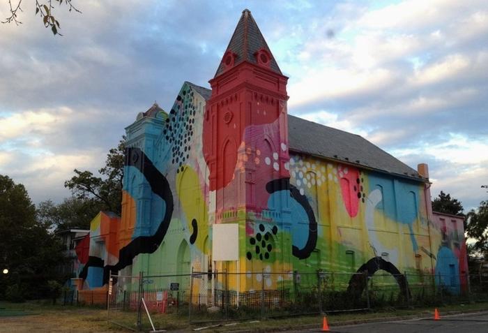 Церковь, которую расписал Hense