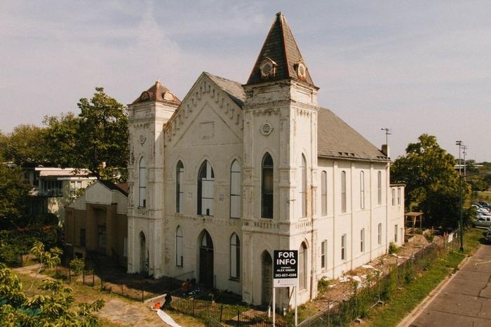 Церковь в Вашингтоне до росписи