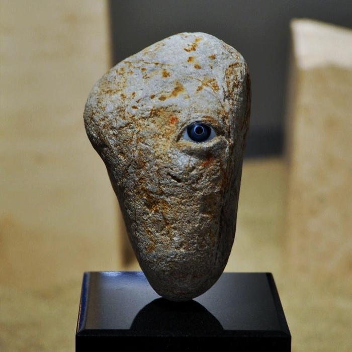 Загадочная скульптура Hirotoshi Itoh