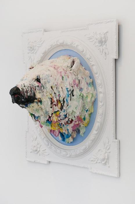 Белый медведь в исполнении Лусианы Ново