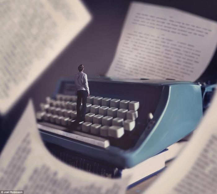 Joel Robinson в мире книг