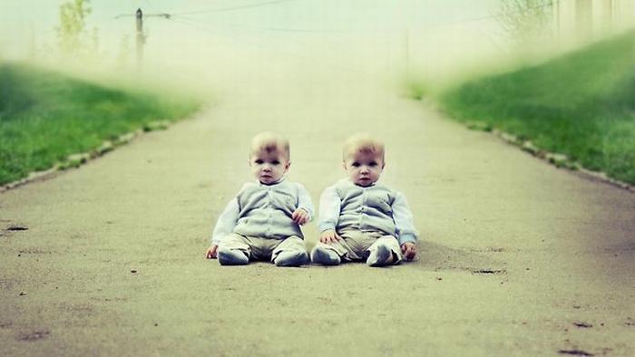 Жюль и Лео (5 месяцев) на фотографии Julie de Waroquier