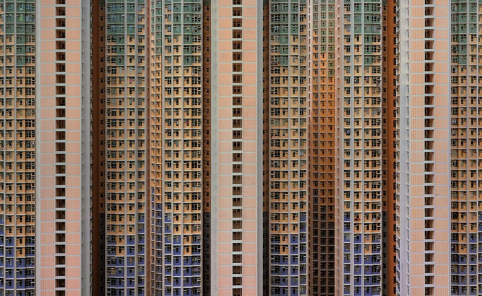 фотоцикл «Architecture of density» Михаэля  Вульфа (Michael Wolf)