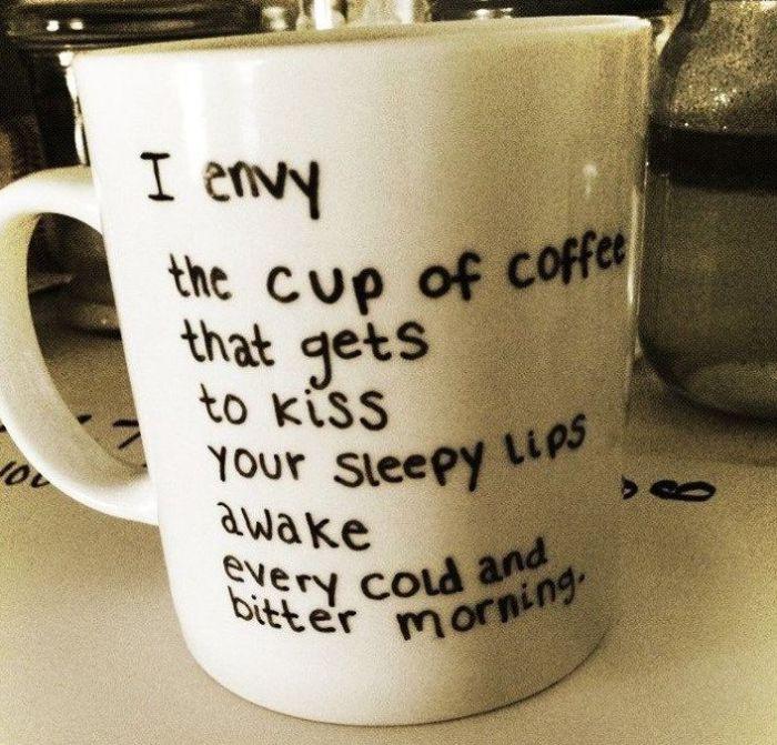 Красивые строчки согреют не хуже чашки кофе.
