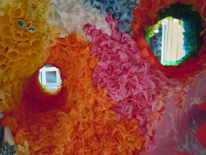 Одна из инсталляций Кристалл Вагнер. Крупный план