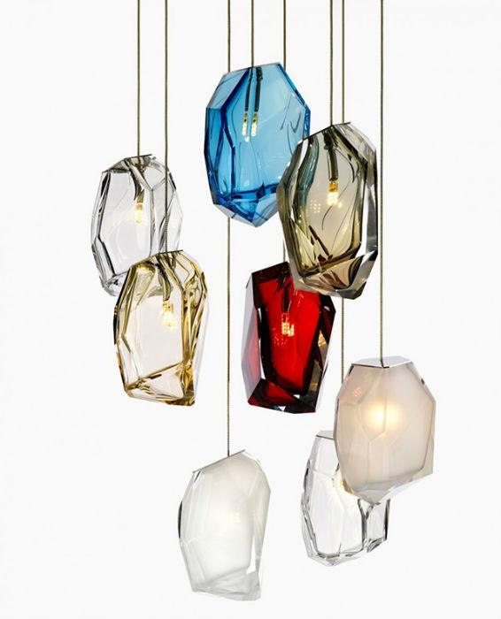 Для выставки в Милане дизайнер подготовил новую  коллекцию светильников Crystal Rock, выполненных  в форме разноцветных полупрозрачных кристаллов