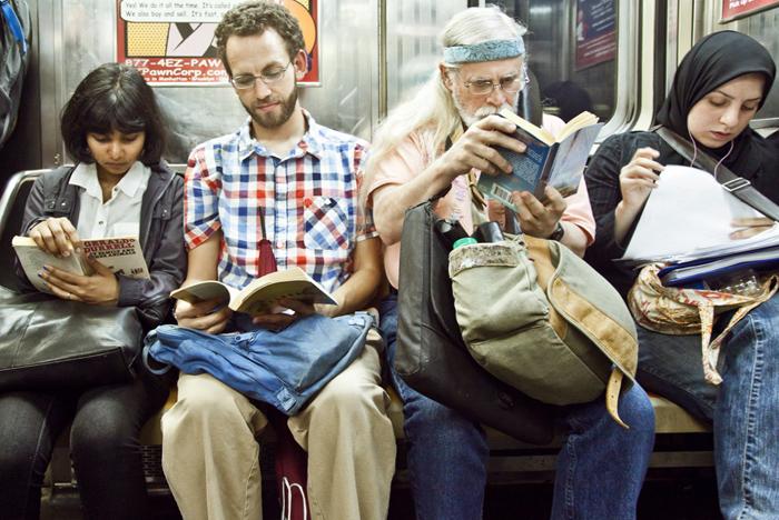 «The Underground New York Public Library». Фотопроект американского фотографа Урит Бен-Хаим