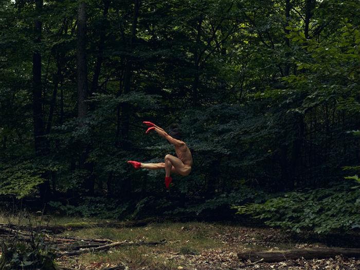Шведский фотограф Бертиль Нильссон создал захватывающую серию работ под общим названием «Naturally»