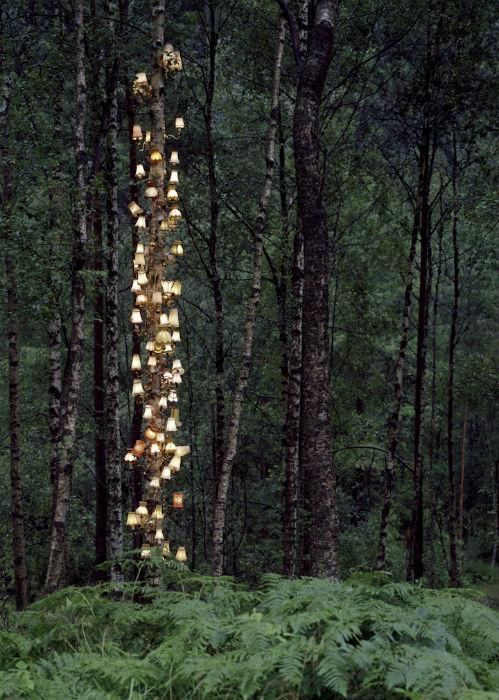 Руне не любит дидактики в искусстве – его творчество ничего не навязывает зрителю, а лишь даёт возможность увидеть нечто альтернативное и самобытное